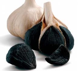 このシャンプーに含まれる青森県産黒にんにくエキス